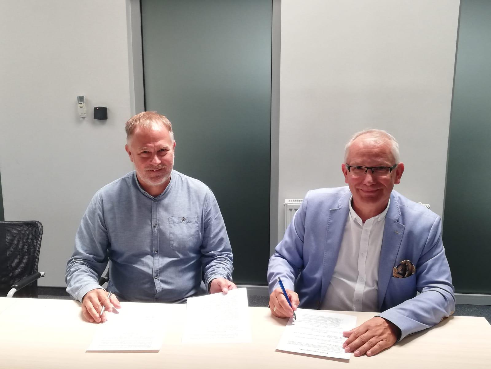 Umowa o współpracy Etisoft Smart Solutions - Politechnika Śląska