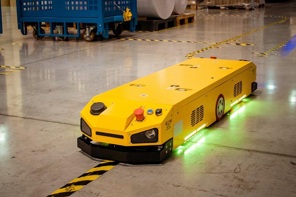 Roboty mobilne IntraBot Pull 500