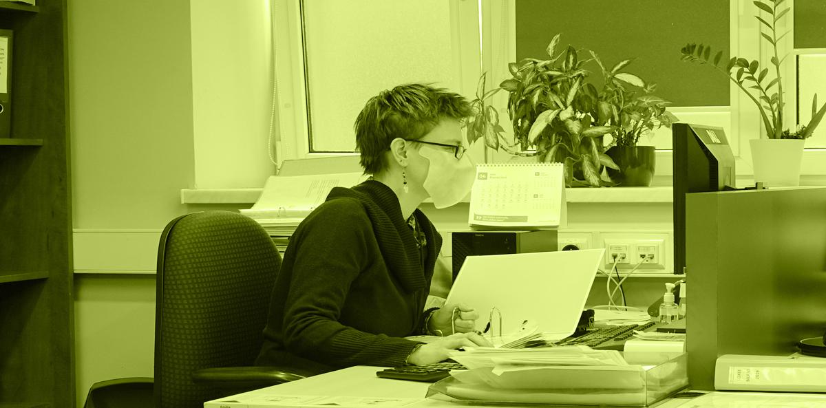 Samoprzylepnejednorazowemaseczki ochronne dla biur,szkół iurzędów